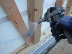 熊毛郡田布施町にて新築された作業場の予防工事です。