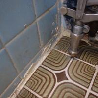 下松市旗岡にて白蟻予防&床下換気扇設置。のサムネイル