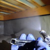 周南市徳山にて白蟻予防工事。のサムネイル