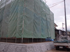 柳井市中央にて新築住宅の予防工事。