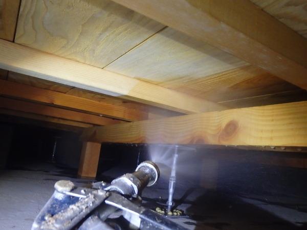 防府市植松にて白蟻予防工事。のサムネイル