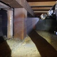 山口市江崎にて白蟻予防工事。他社から弊社へご契約の変更をしてくださいました。のサムネイル