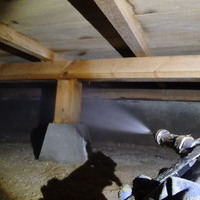 宇部市今村北にて白蟻予防工事。外に一か所だけヤマトシロアリいた。のサムネイル