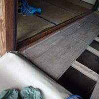 萩市須佐にて定期的に白蟻予防工事。のサムネイル