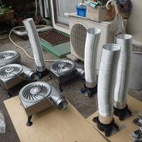防府市西仁井令にて床下換気扇設置工事。のサムネイル