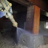 防府市仁井令にて白蟻予防工事。のサムネイル