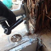 防府市富海にてリフォーム中の浴室白蟻工事。イエシロアリの怖さ。のサムネイル