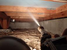 熊毛郡上関町にて白蟻予防工事。