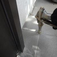 周南市秋月にて白蟻予防工事。のサムネイル