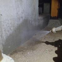 防府市東三田尻にて中古住宅の白蟻防除。のサムネイル