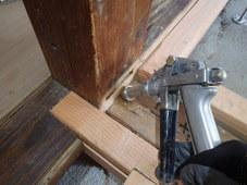防府市新田にて、改築部の白蟻防除工事。このタイミングでの処置ができるかできないかで結果が変わります。