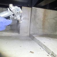 防府市台道にて白蟻予防工事。新築から初めて。木造の車庫に被害がありました。のサムネイル