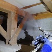 下関市綾羅木本町にて白蟻予防工事。倉庫には被害が。のサムネイル