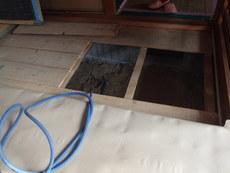 防府市下右田にて、中古住宅リフォームにあわせて白蟻防除工事。