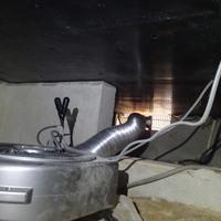山口市徳地島地にて床下換気扇の取り換え工事。のサムネイル