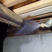 山口市下小鯖にて定期的に白蟻予防工事。近くにお住まいのご家族様宅もお世話になっているお宅です(^^)のサムネイル