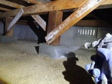山口市佐山にて白蟻予防工事。30年以上お世話になっているお客様宅の再予防。