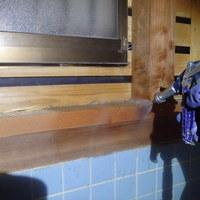 防府市新田にてリフォーム中のお宅の白蟻駆除、全体の予防工事。のサムネイル