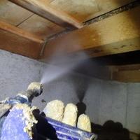 防府市鞠生町にて白蟻予防工事。のサムネイル