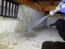 防府市仁井令にて白蟻予防工事。取引先のリフォームにあわせてこの度2度目の施工。