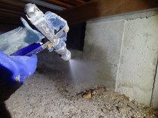 防府市富海にて、定期的に白蟻予防工事。